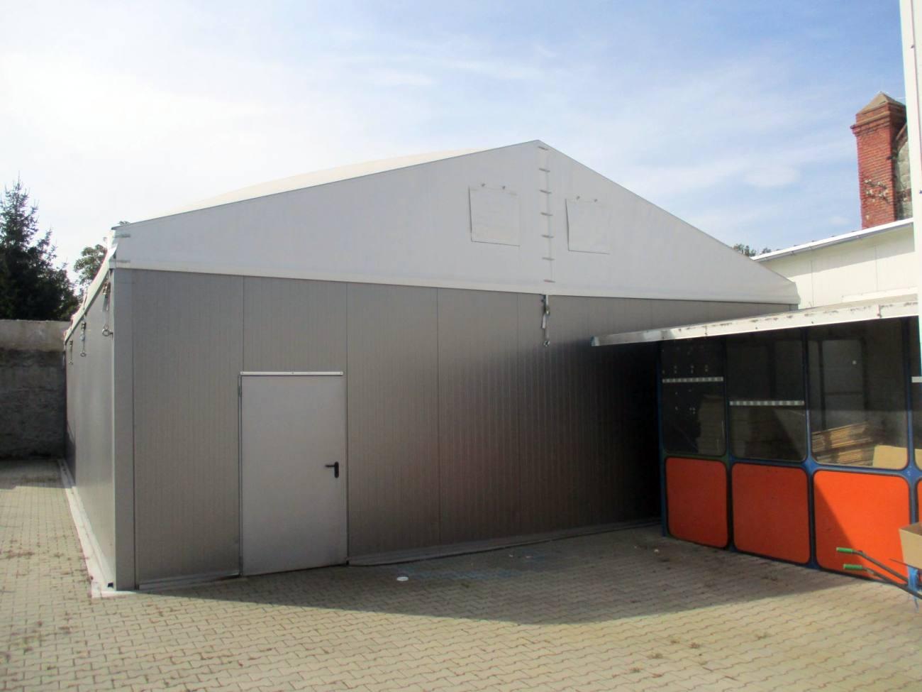 hala izolowana używana